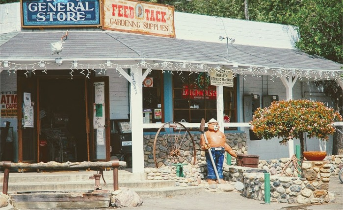 trabuco general store 2